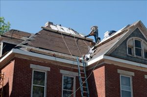 How to Tell if it's Time to Replace Your Roof