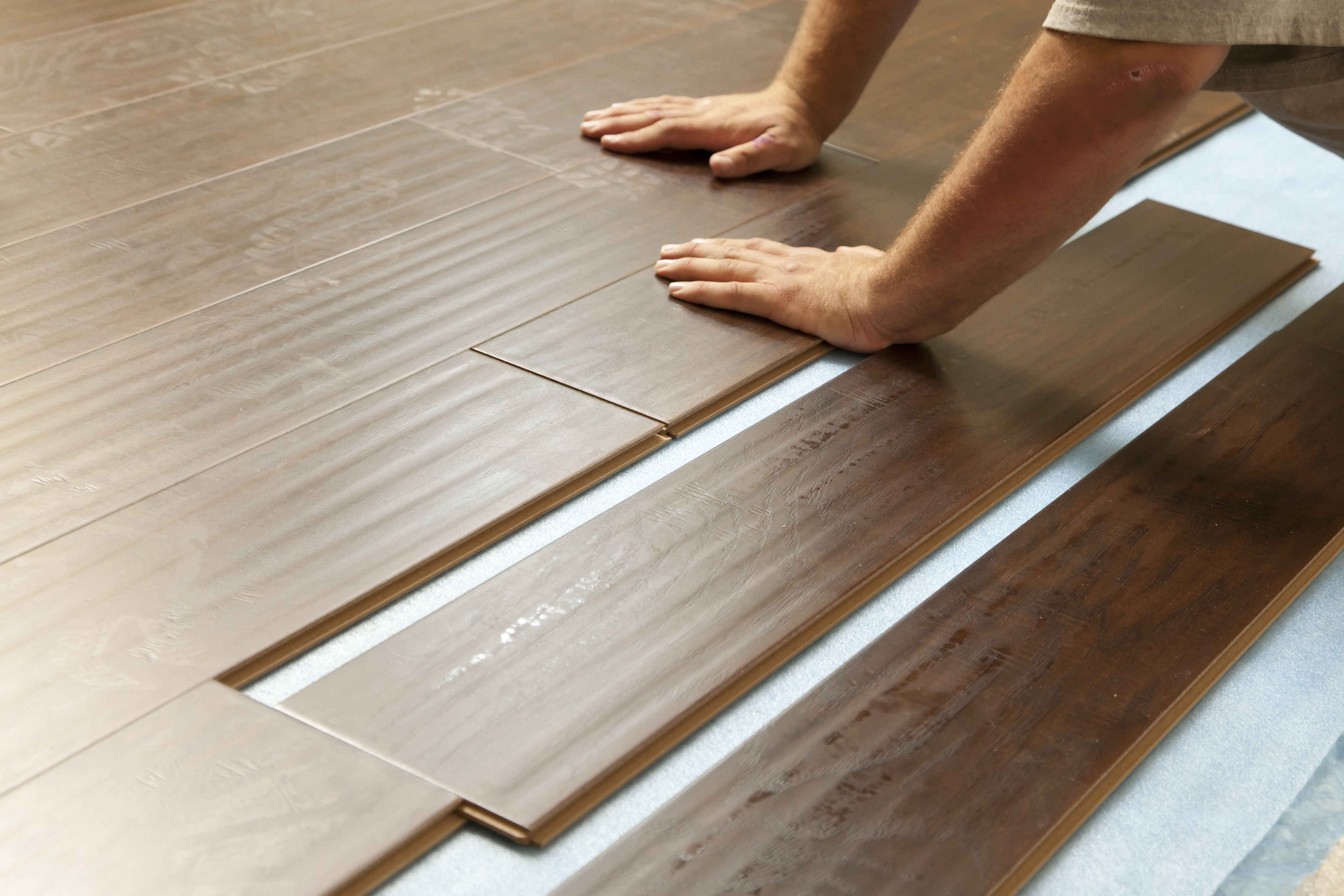 Pros And Cons Of Laminate Floors Drew S Roofing And Home